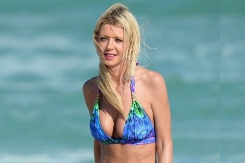 Tara Reid Breast Implants