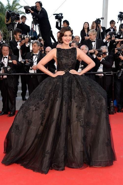 best Sonam Kapoor dresses