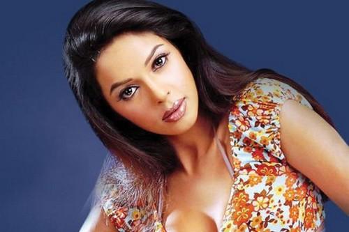 Mallika Sherawat Most Kissable Actresses
