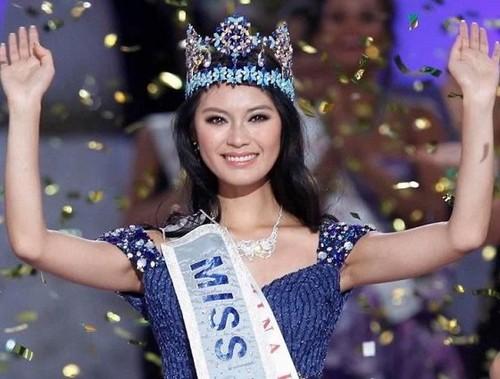 Yu Wenxia of China Miss World