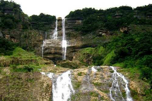 Beautiful Kynrem Falls