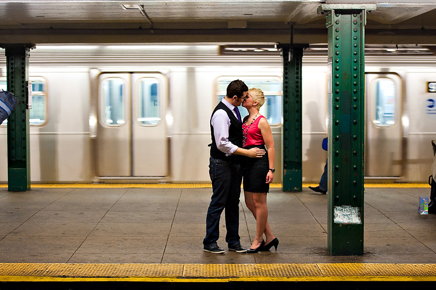 Washington-Square-Park-Engagement-Photos-17