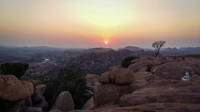 hampi sunset hanuman temple