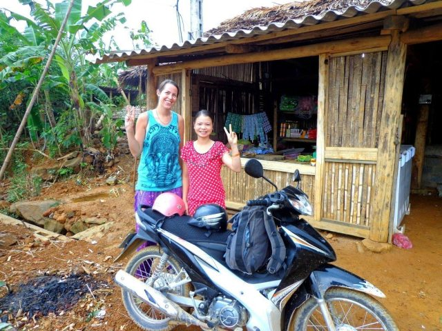 Saying goodbye very grateful to our hosts who sheltered us when we got lost in Vietnam