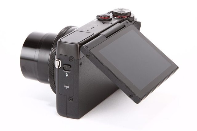 The Canon Powershot G7 X