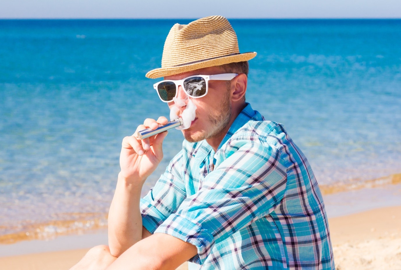 Vaping Etiquette – The Do's and Don'ts When Travelling