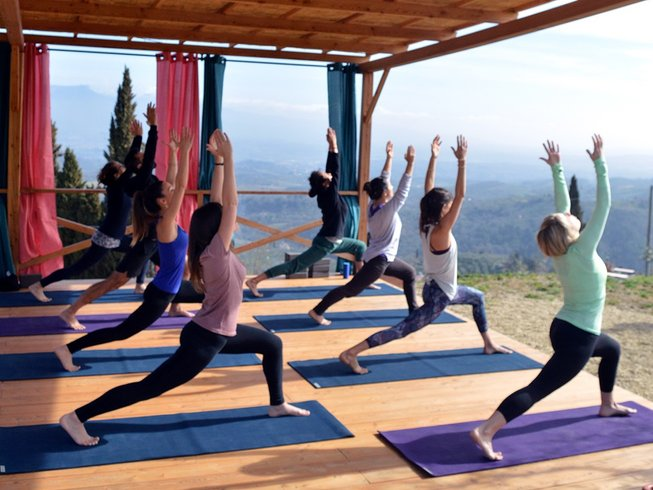 Tuscan fitness and yoga retreat in italy