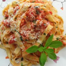 """""""The Master"""" of Fettuccine Photo Credit: yummly.com"""