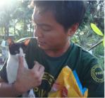 PAWS rescuer saves cat after Typhoon Haiyan/Yolanda