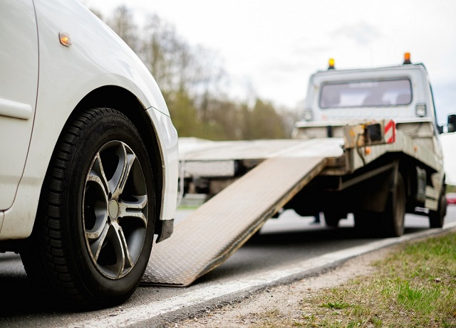 Become the Next Big Deal in the World of Roadside Assistance with Tow Truck On Demand App