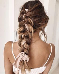 6 Clip-In Extensions Styles that'll Give You Stunning Looks