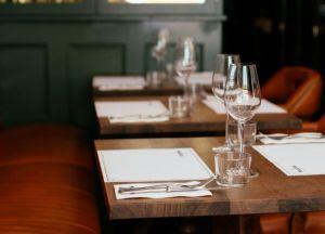 choosing restaurant