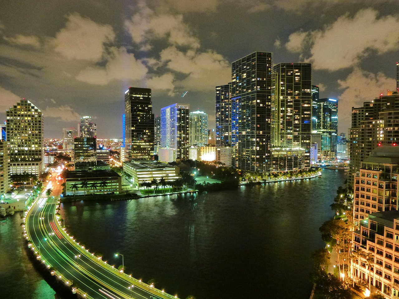 Preparing Energy Systems for Rising Sea Levels   GlobalChange gov Miami by night  showing sea levels very close to roads and buildings