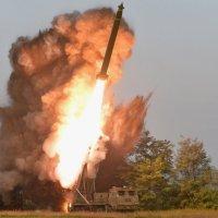 Severnokorejsko testiranje novog višecevnog raketnog sistema uoči sve izvesnijih pregovora sa SAD