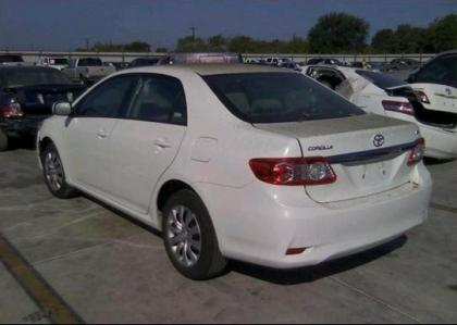 Export Salvage 2012 Toyota Corolla Le White On Gray
