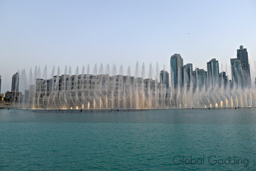 Dubai Fountain Light Show