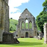 VALLE CRUCIS ABBEY, WALES : VISIT THE EVOCATIVE RUINS