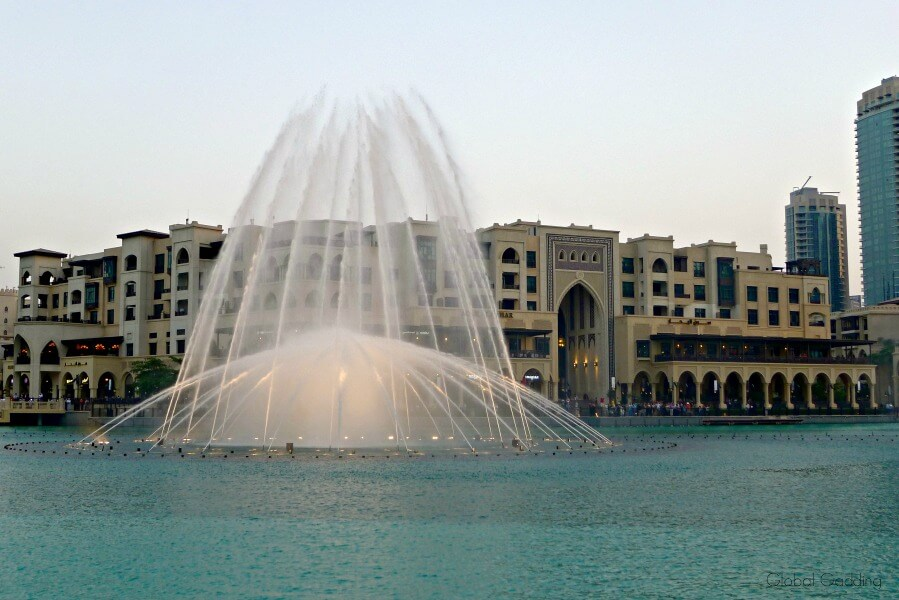 free dubai experiences dubai fountains