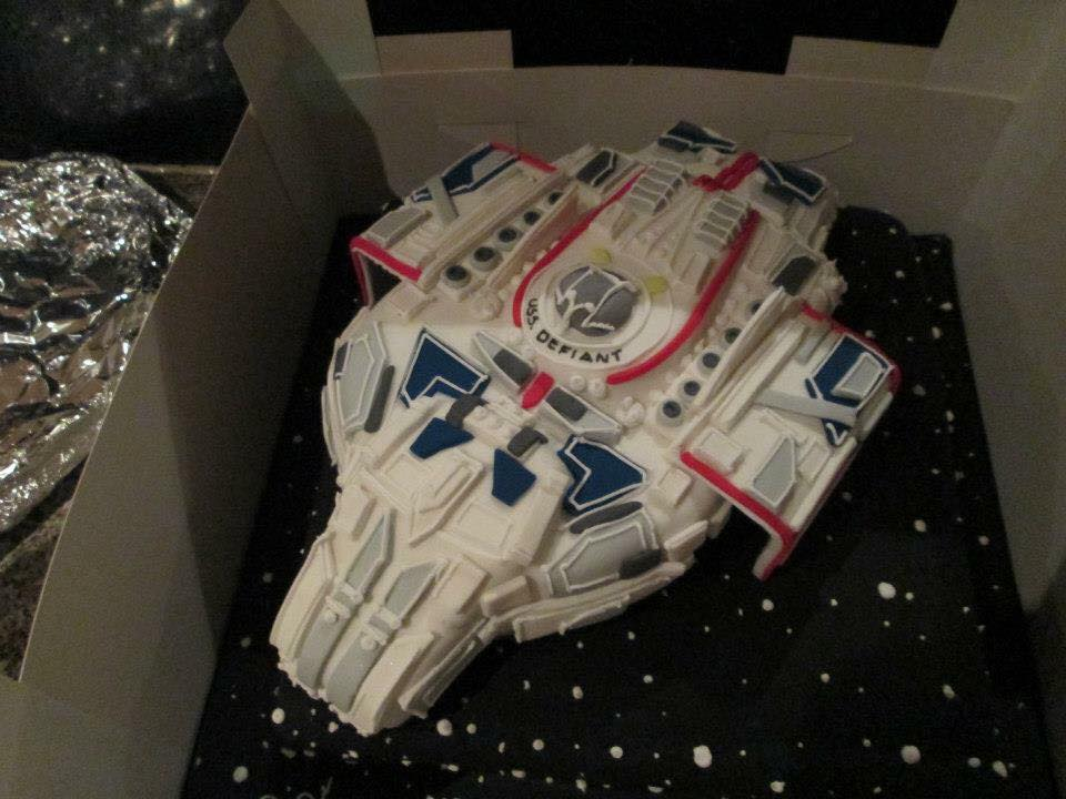 Epic Star Trek: Deep Space Nine Defiant Cake