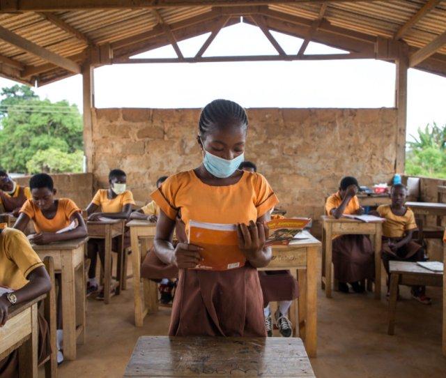 Stop  Teen Girls In Ghana From Missing School