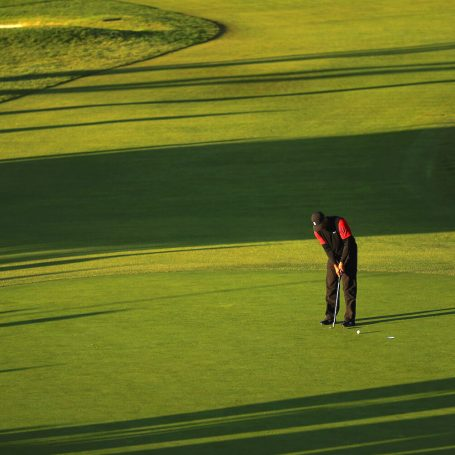 Tiger Woods Chases His Whale At Riviera