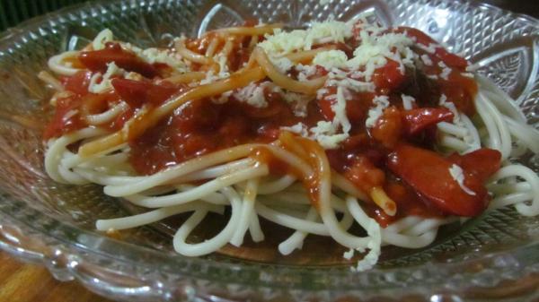 Spaghetti Bolegnase, Photo by PH Morton