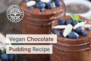 A jar of vegan chocolate pudding. This dessert has no sugar and the ingredients used can be beneficial to your health.