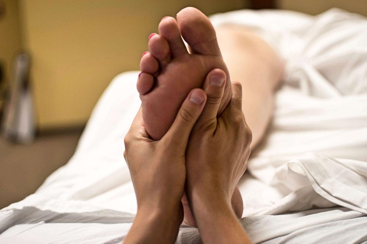 18 Health Benefits Of Foot Massage/Reflexology (Part 1)