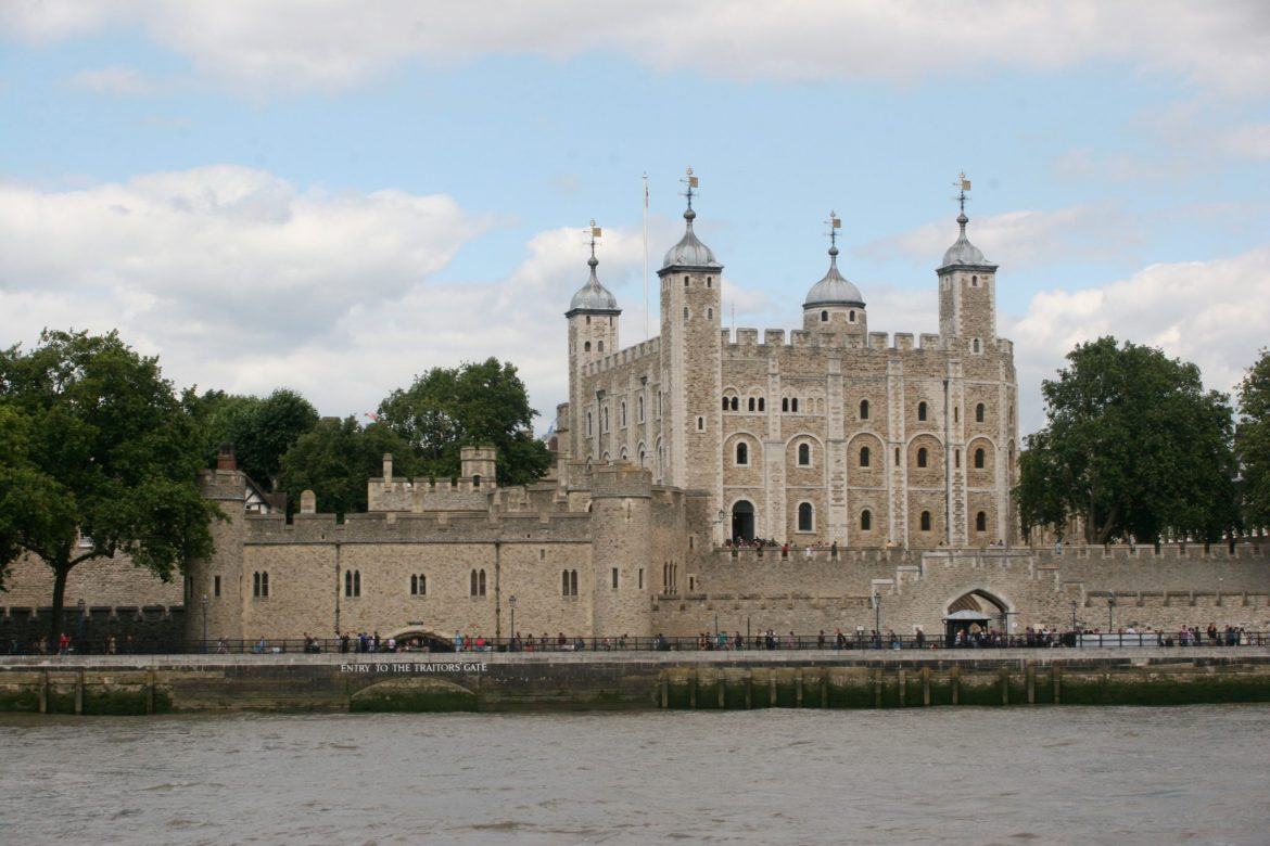 uk day trip - the tower of london