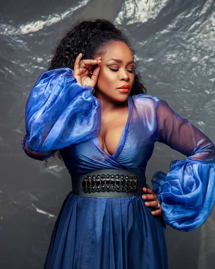 38 Year Old Nigerian Singer Omawumi Shows Cleavage In New Photoshoot
