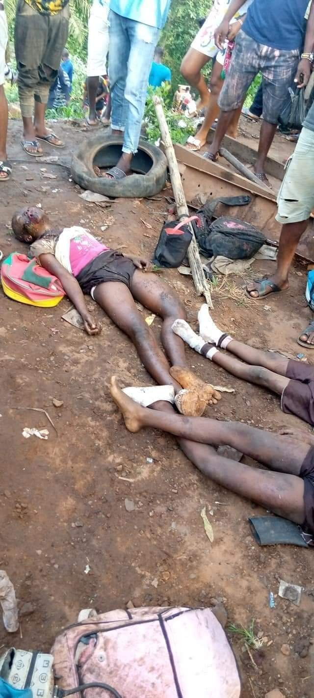 Disturbing Photos Of School Pupils Killed As Truck Crashes Into A School Bus In Enugu State