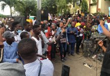 Lagos EndSARS Protesters Hold Protest Sunday Service Outside Lagos State Government House
