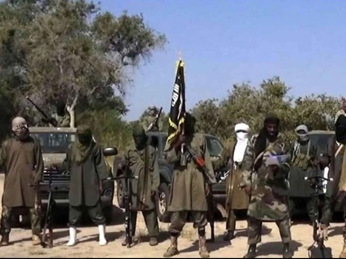 The dreaded Boko Haram terrorists and ISWAP at about 3pm around Jakana village Intercept 10 Vehicles Kidnap Travelers In Borno
