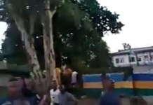 Video Of Agugu Youths Protect A Police Station From Being Attacked By Hoodlums