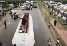 Video Of Davido Protesting On Top Of A Fuel Tanker