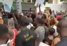 Video Of EndSARS Protesters Storming Tinubu's House At Bourdillon