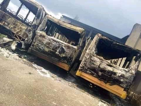 Youths in Okitipupa council area Set School Shuttle Buses On Fire.