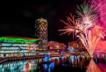 Beautiful And Stunning Sydney Fireworks Display As Australia Welcomes 2021