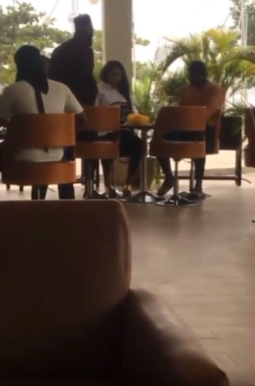 Video Of A Man Who Caught His Girlfriend With Another Man In An Eatery And Humiliates Her