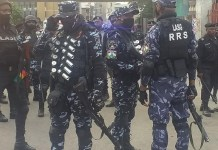 Video Of Police Storming Lekki Toll Gate Ahead Of #OccupyLekkiTollGate Protest