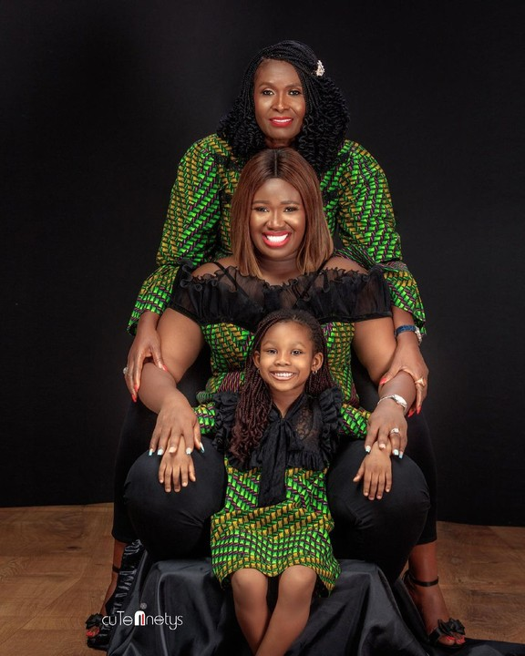 Photos Of Real Warri Pikin Celebrating Mother's Day With 3 Generations