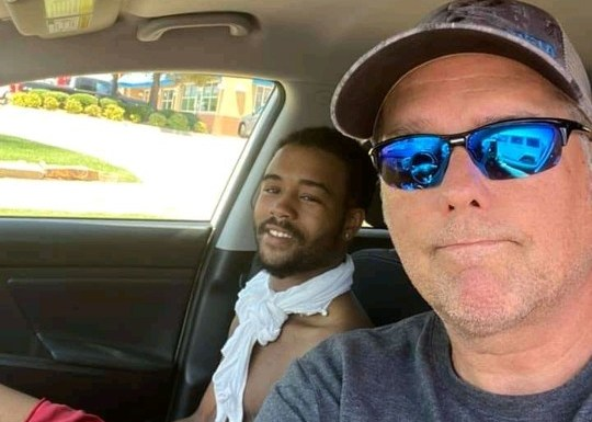 A Nigerian Man Donte Franklin Gifted N23m By A White Man For Trekking 17 Miles To Work Everyday