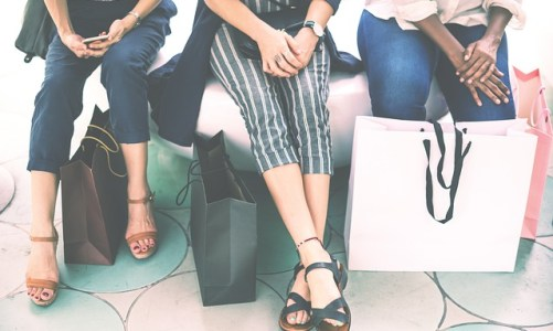 5 Best Shopping Destinations Worldwide