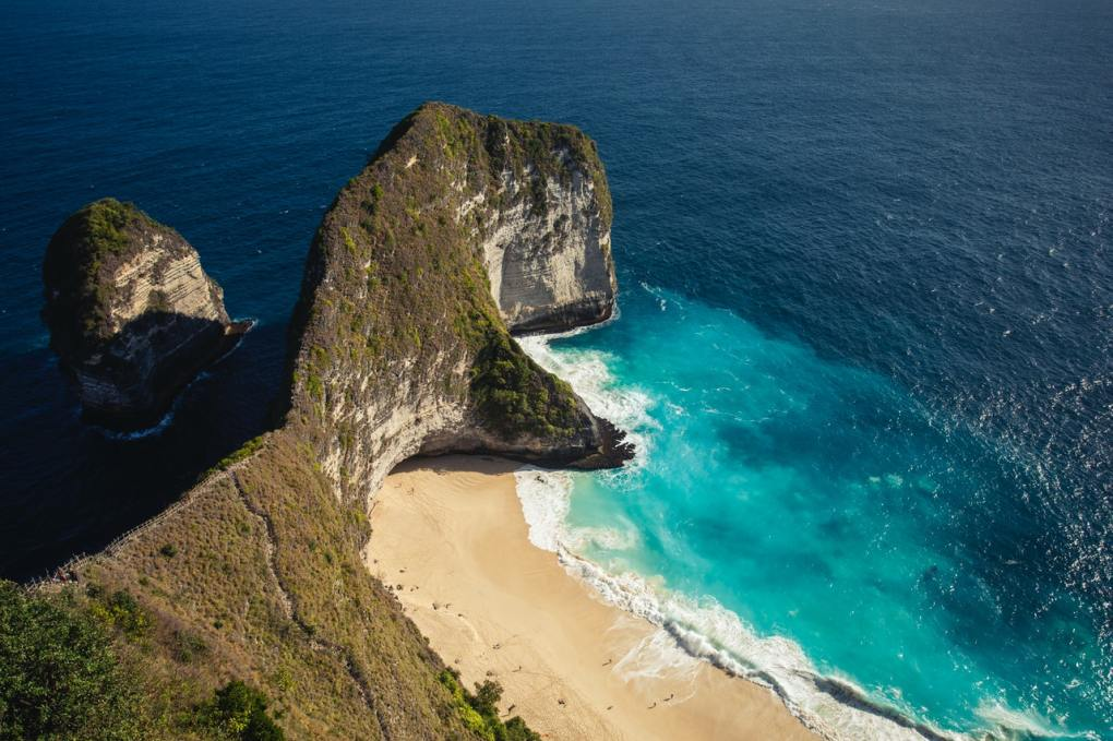 Flores Island is one of the best places to discover in Indonesia