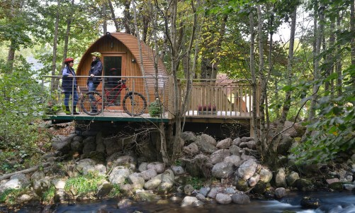 Luxury Camping: 5 Glamping Tips