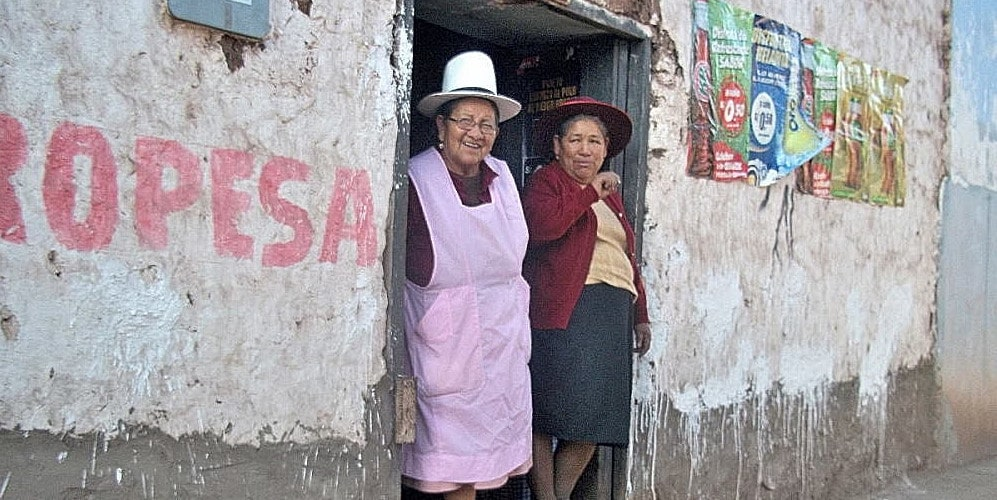 Village volunteering in Peru