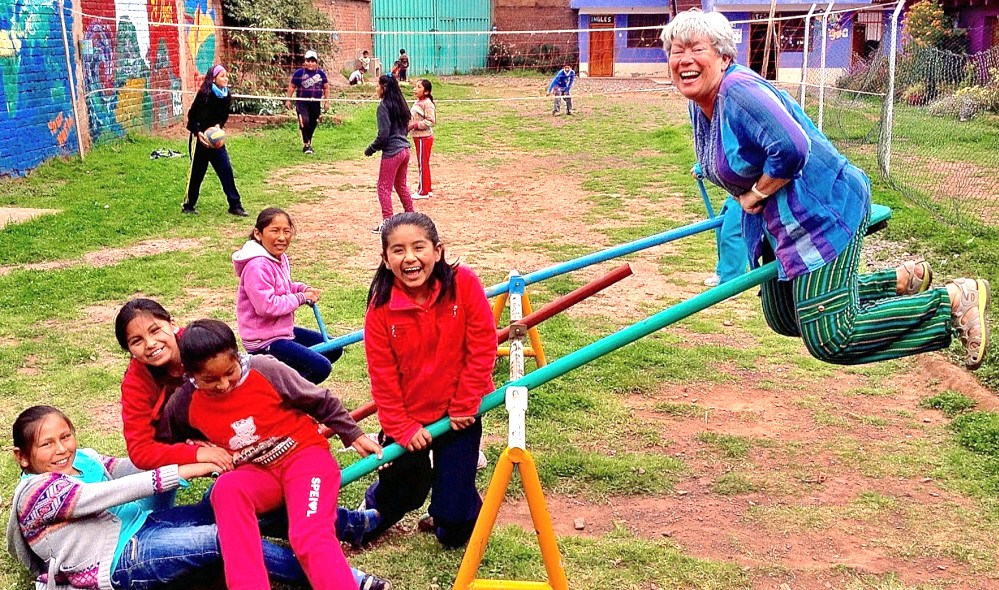 Volunteer in the playground