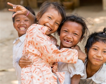 Smiling children at Cambodia Community Project