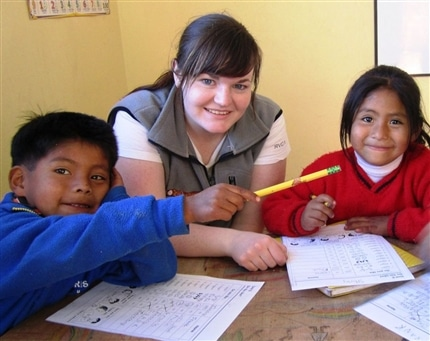 Peru Community Project students and volunteer