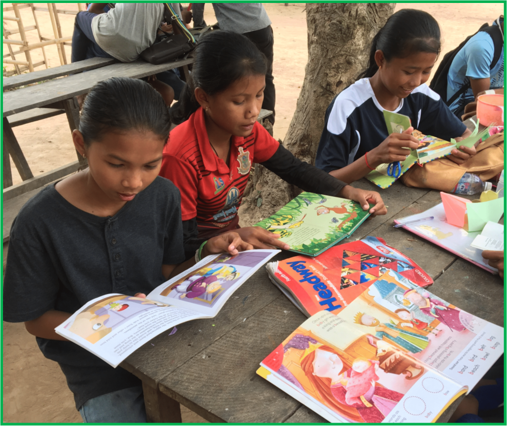 Helping Hands Reading Club English